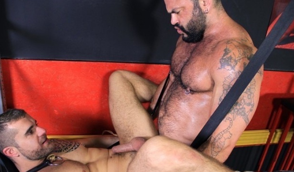 Rogan Richards Isaac Eliad cruising MADRID 7